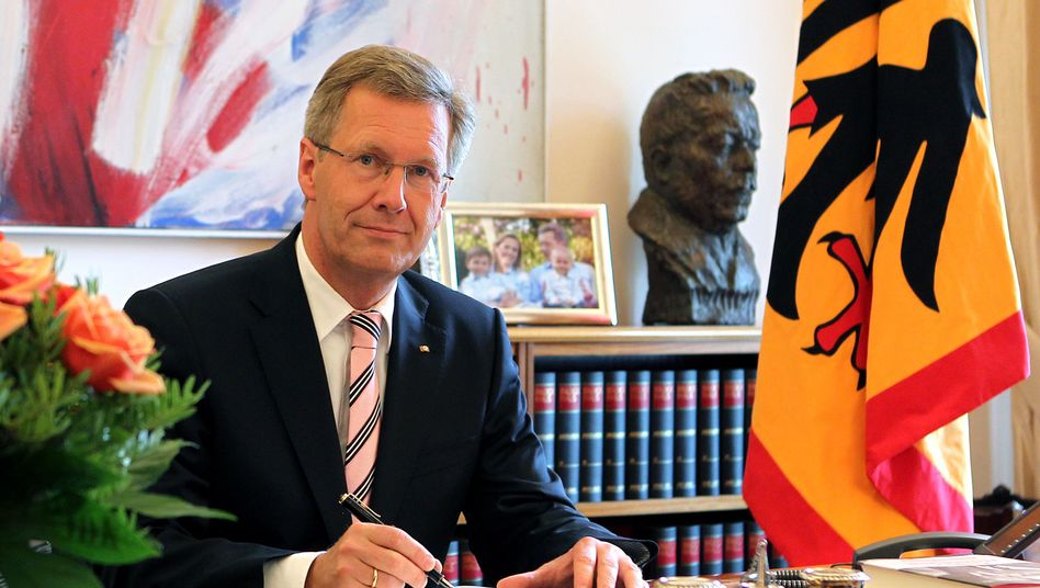 President Christian Wulff is under pressure over a private loan.
