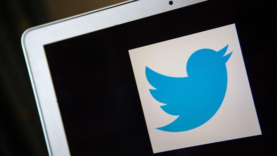 Twitter-Logo auf einem Bildschirm