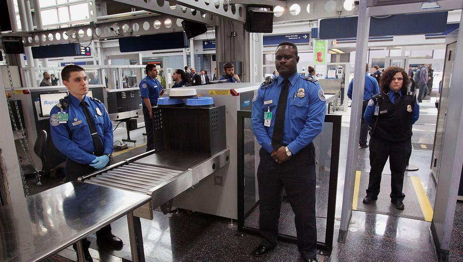 """Sicherheitskontrolle an US-Flughafen: Agent übergab """"Unterhosenbombe"""" an Amerikaner"""