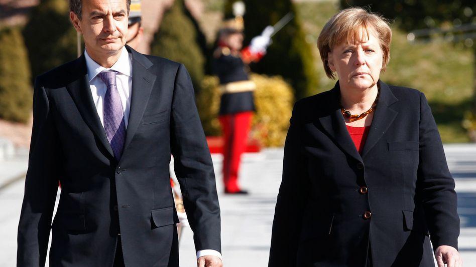 Spaniens Ministerpräsident Zapatero, Kanzlerin Merkel: Erst Aufschwung, dann Krise