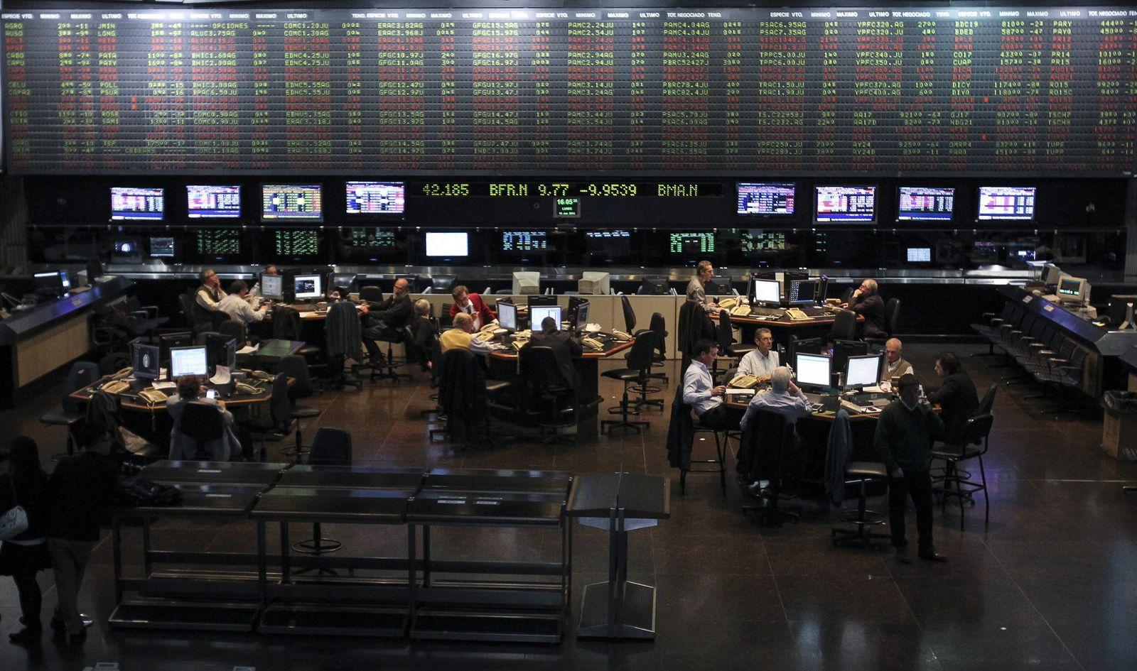 BUENOS AIRES STOCK EXCHANGE COLLAPSES DUE TO US SUPREME VERDICT