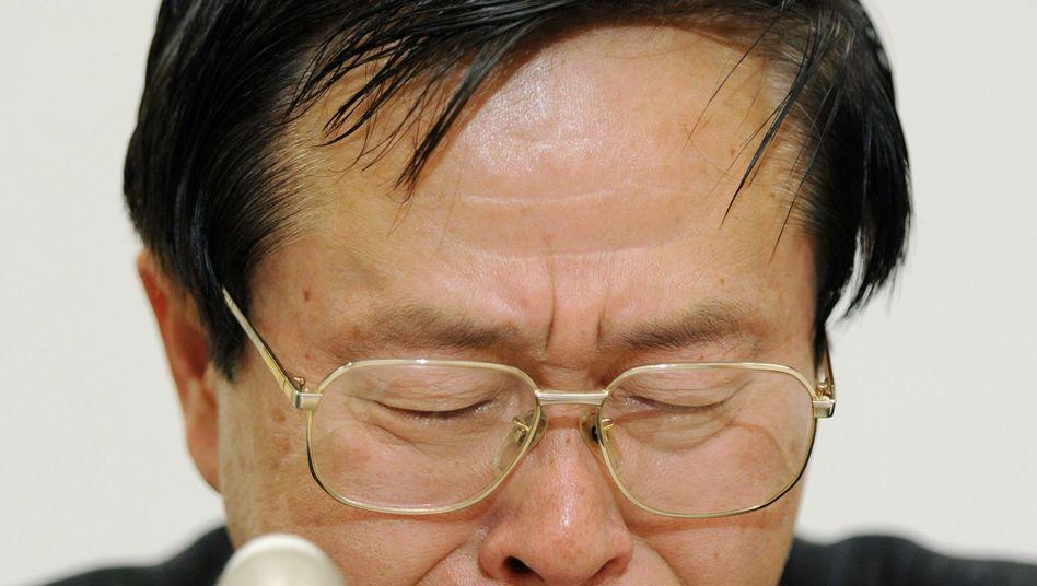"""Weinender Atomberater Kosako: """"Ich kann das als Wissenschaftler nicht zulassen"""""""