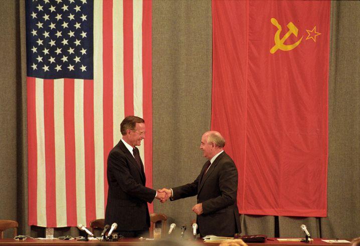 George H.W. Bush und Michail Gorbatschow in Moskau, Juli 1991