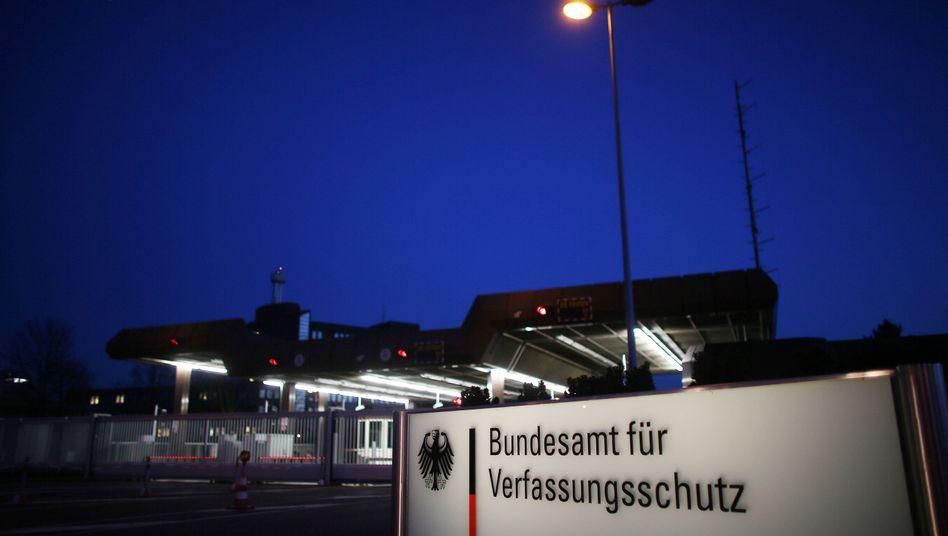 """Verfassungsschutz in Köln: Immer mehr """"stille SMS"""""""