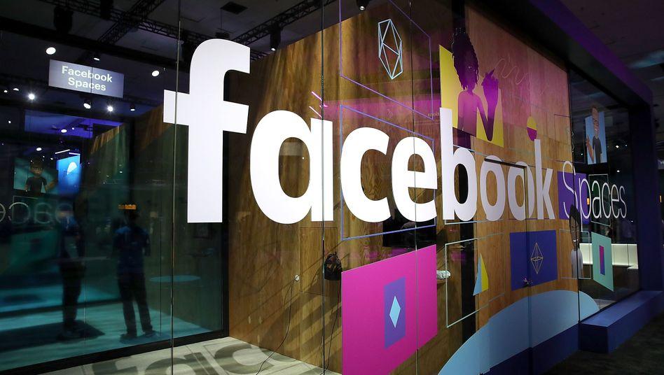 Stand auf einer Facebook-Konferenz