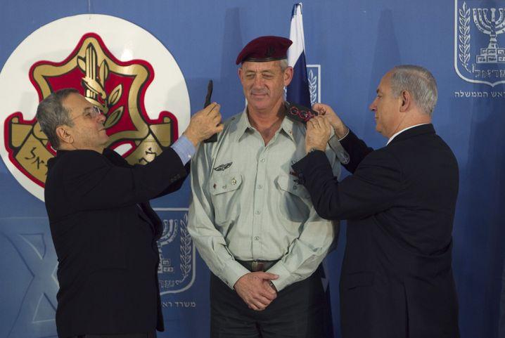Ehud Barak, Benny Gantz und Benjamin Netanyahu kämpfen um die politische Führung Israels