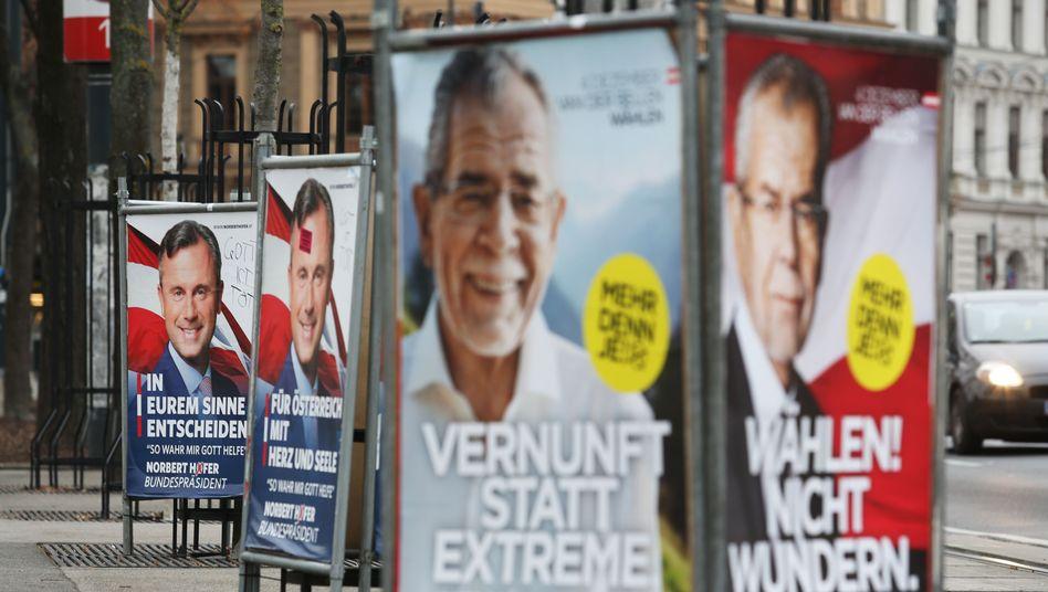 Plakate der Kandidaten