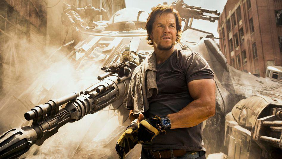 Reichlich Krawall und mächtig Muskeln: Mark Wahlberg als Cade Yeager