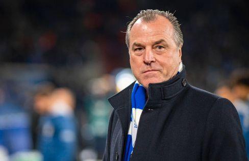 Schalke-Chef und Fleischfabrikant Clemens Tönnies hat die Hilfe seines Unternehmens angeboten