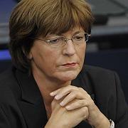 Bundesgesundheitsministerin Ulla Schmidt: Ihre Dienstwagenaffäre kostet die SPD Stimmen