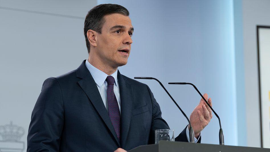 Der spanische Ministerpräsident Pedro Sánchez bei einer Pressekonferenz