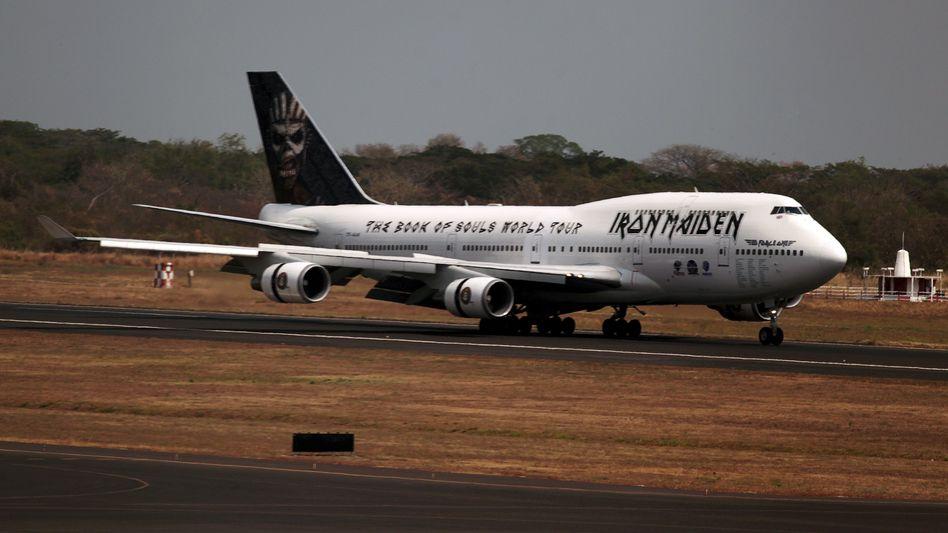 "Boeing 747 ""Ed Force One"" der Band Iron Maiden"