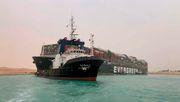 Wie ein festgefahrener Frachter den weltweiten Warenverkehr gefährdet