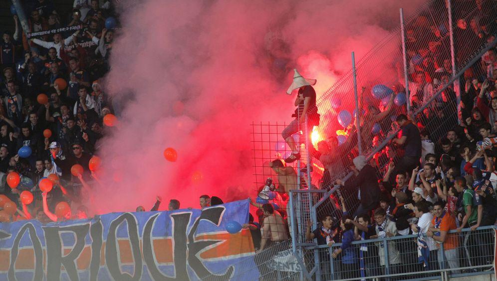 Montpellier holt den Titel: Bengalische Feuer, Tennisbälle, Meisterschaft