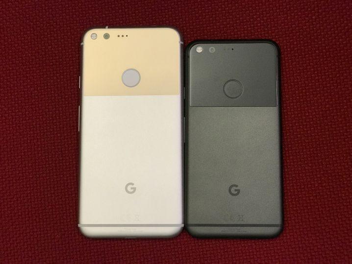 Google Pixel XL (l.) und Pixel