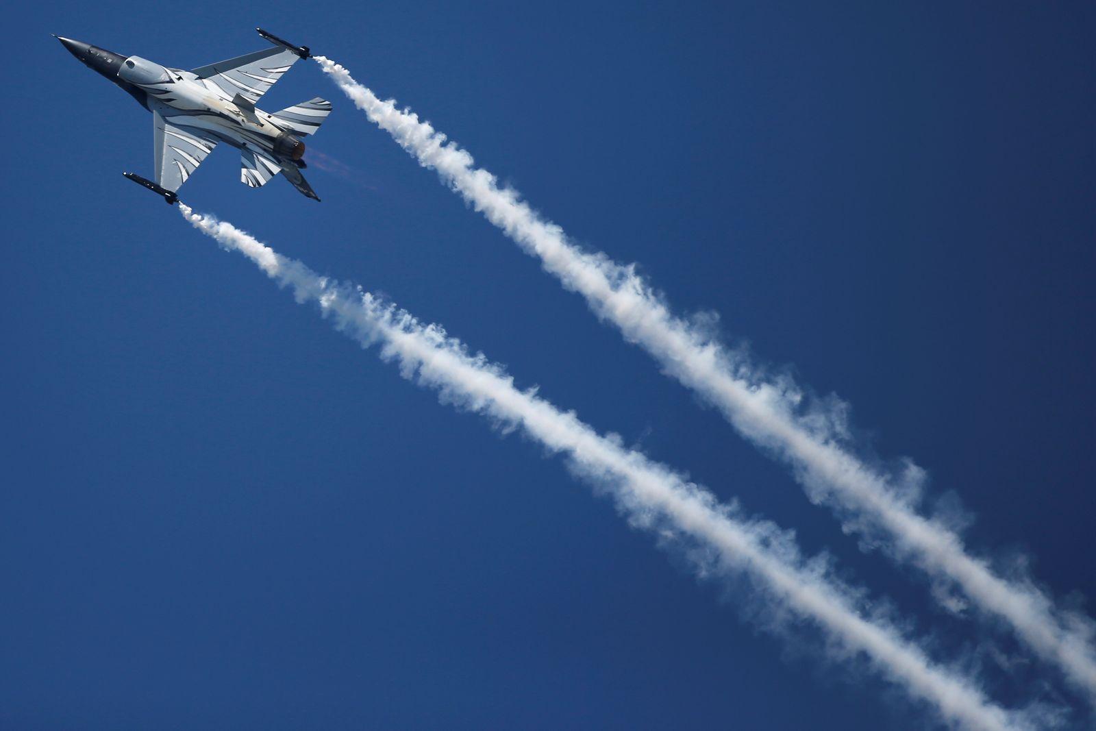 Paris Airshow Lockheed Martin F-16