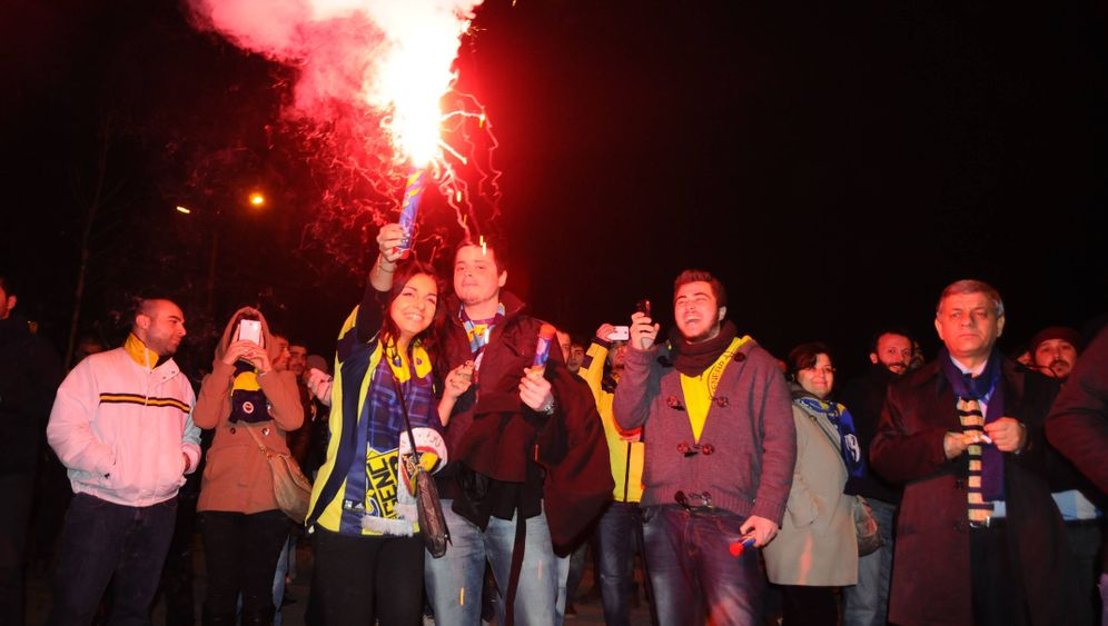 Europa League: Feuerwerk trotz Geisterspiel