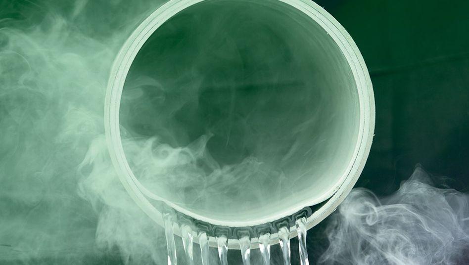 Warmes Wasser in der Kanalisation