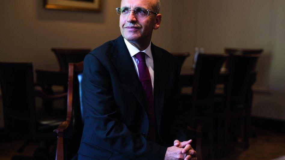 Politiker Şimşek in seinem Büro in Ankara: »Wir wurden getäuscht«