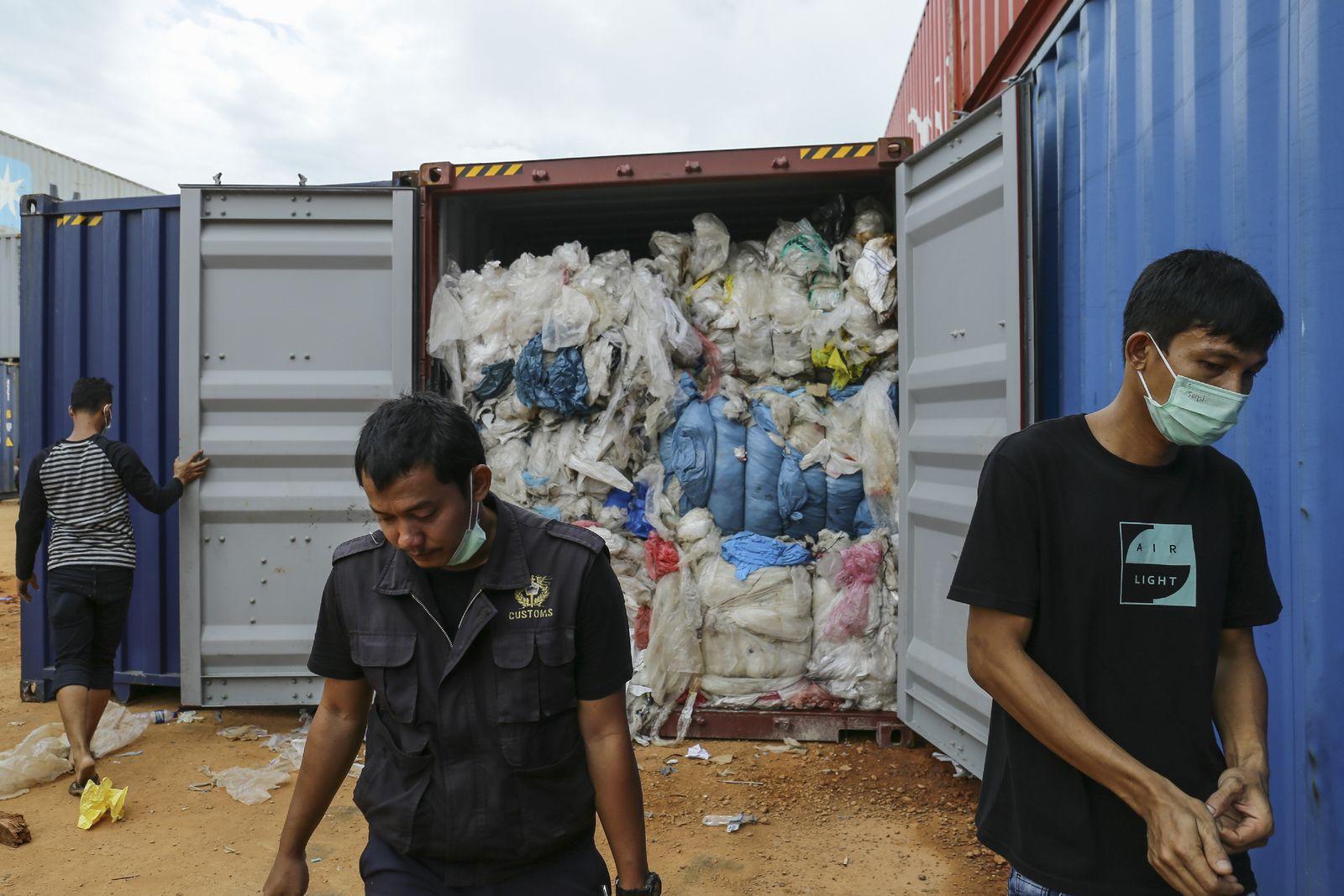 Indonesien / Plastikmüll