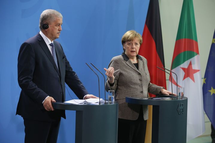 Algerischer Ministerpräsident Sellal, Kanzlerin Merkel in Berlin: Kooperation bei der Rückführung vereinbart