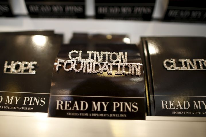 Werbung der Clinton-Foundation