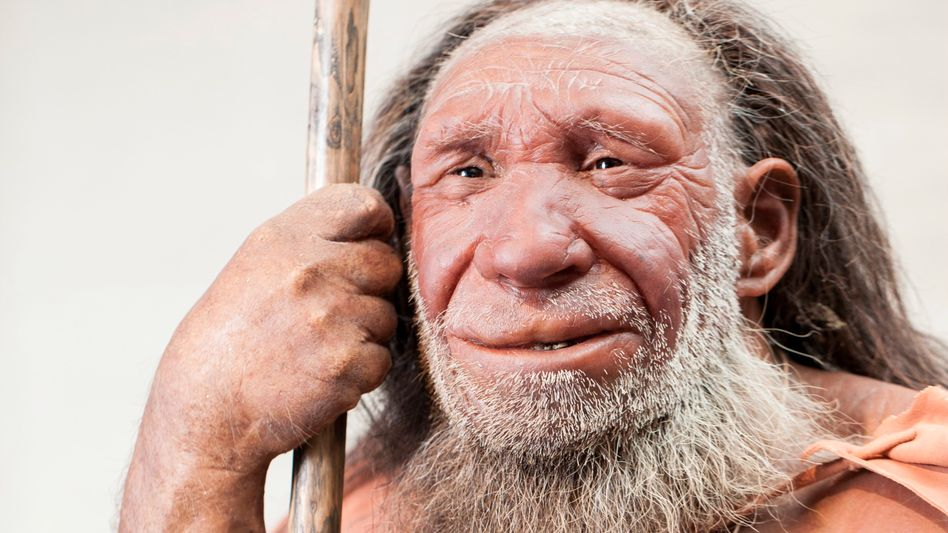 Neandertaler-Nachbildung in Mettmann – vor der Nachkolorierung
