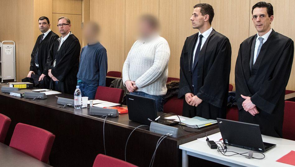 Die Angeklagten vor dem Düsseldorfer Landgericht (Archiv)
