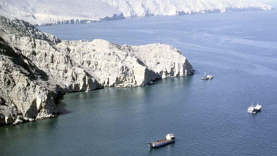 Schiffsverkehr in der Straße von Hormus