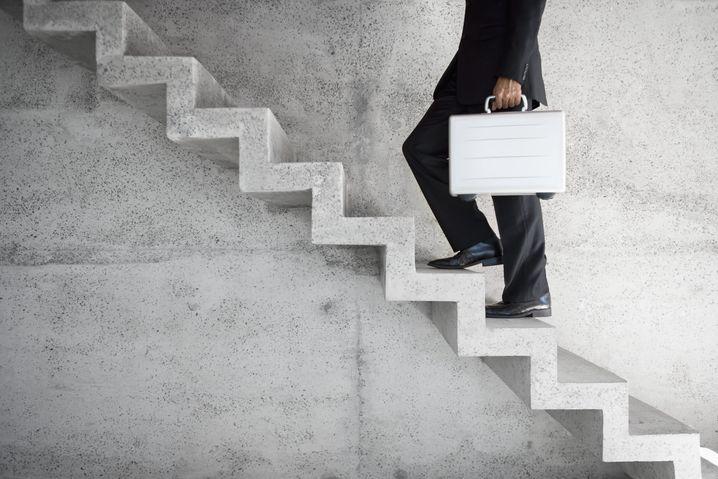 Treppen bei der Arbeit: Öfter mal zu Fuß statt mit dem Fahrstuhl