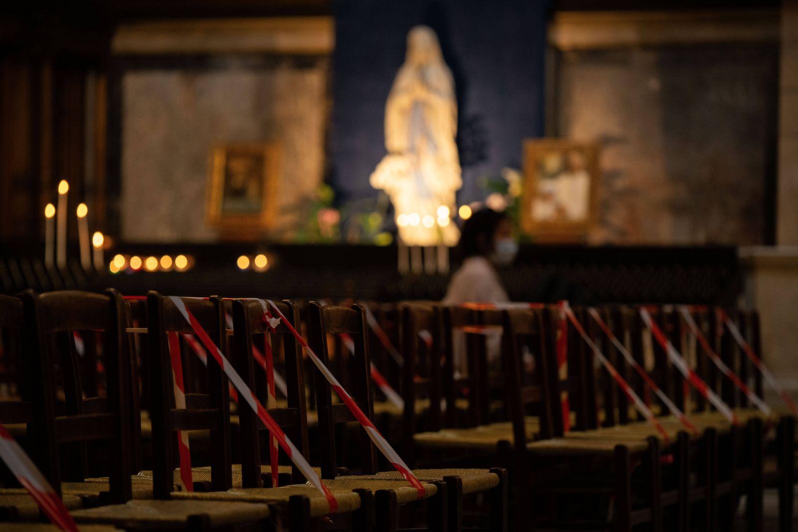 FRANCE - PARIS - LA MADELEINE CHURCH PENTECOST MASS Christian believers join La Madeleine church mass for the Pentecost