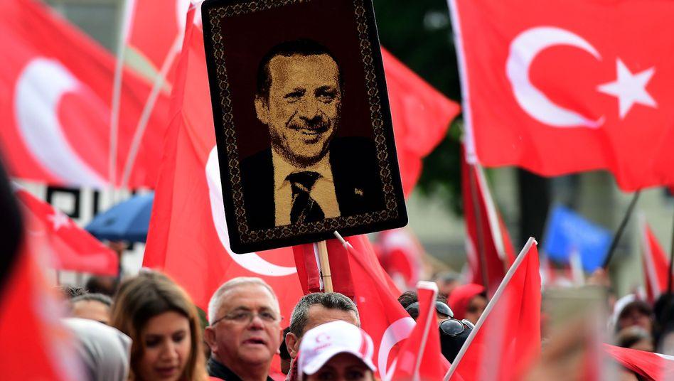 Erdogan-Teppich in Köln
