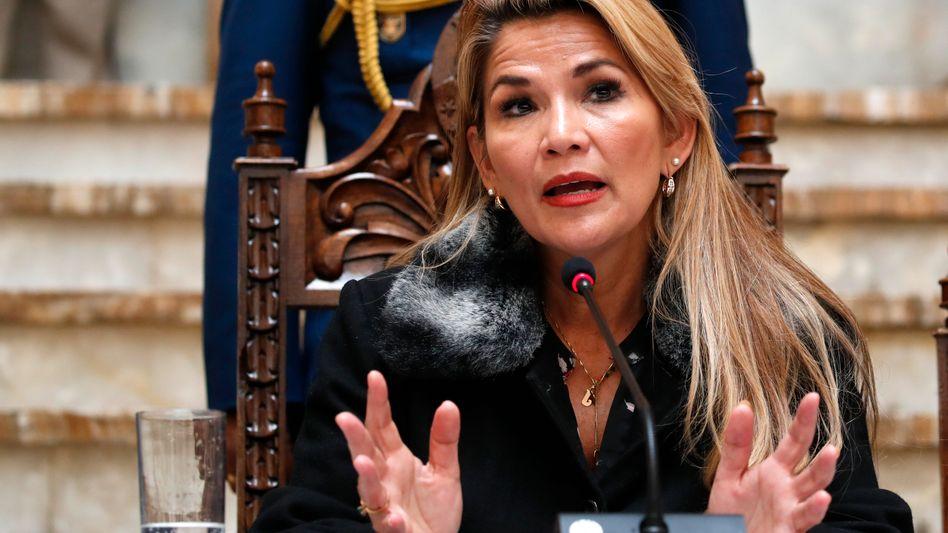 "Boliviens Interimspräsidentin Jeanine Áñez: ""Zahlreicher Korruptionsvorwürfe"""