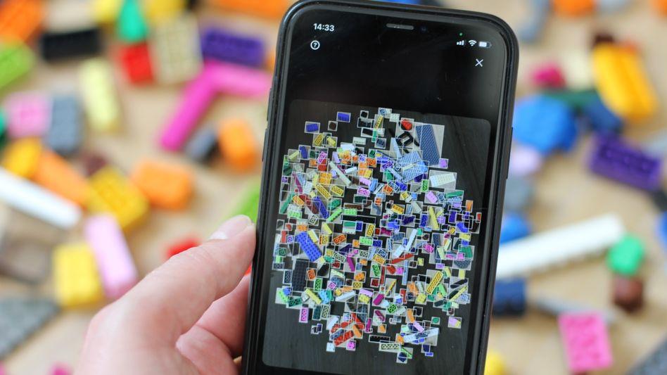 Brickit ordnet das Kinderzimmerchaos: Mit der App bekommen heimatlose Lego-Steine eine neue Bestimmung.