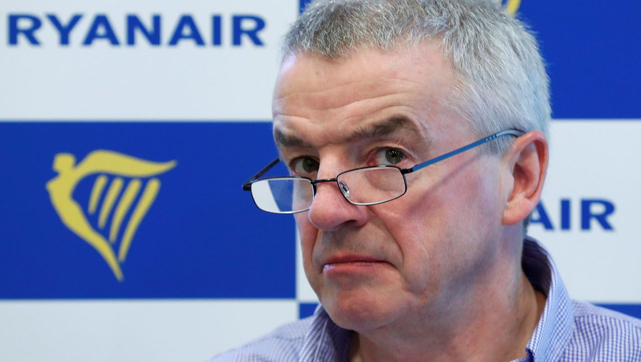 Ryanair chief: Michael O'Leary makes racist proposal for airport controls