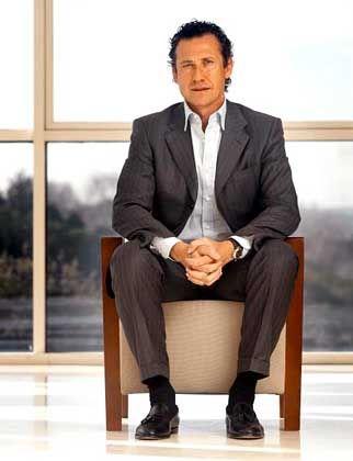 Valdano the entrepreneur: A romantic and a capitalist