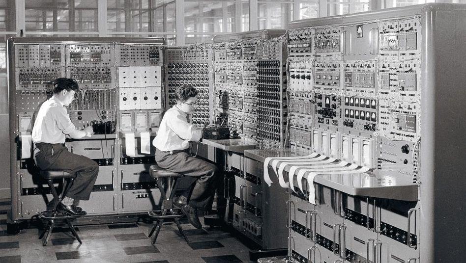 Computer im Unternehmen English Electric in Whetstone 1958: Hin- und hergerissen zwischen Erlöschung und Erlösung