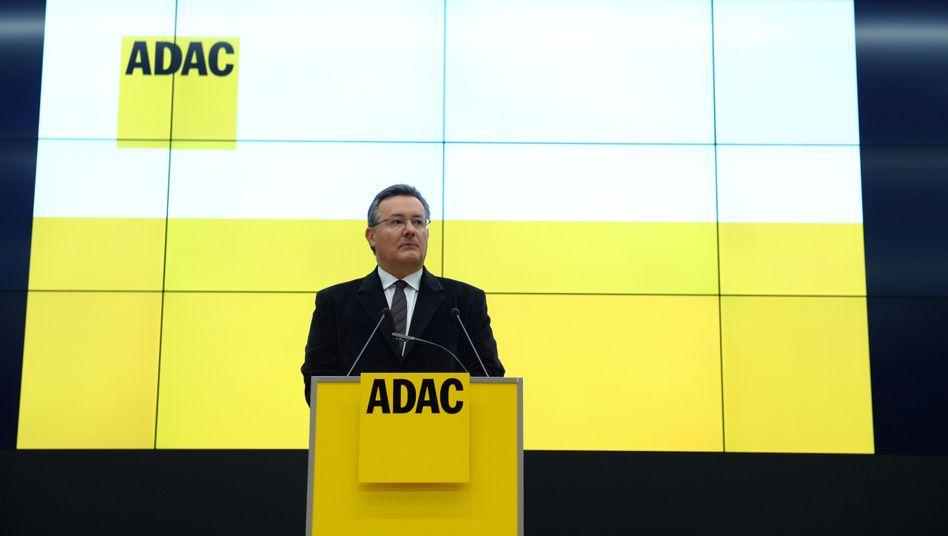"""ADAC-Geschäftsführer Karl Obermair: """"Hätte vorsichtiger sein müssen"""""""