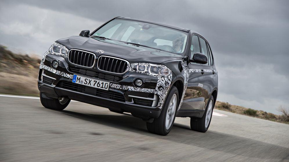 Plug-in-Hybridmodell BMW X5 e-Drive: Endlich Anschluss herstellen