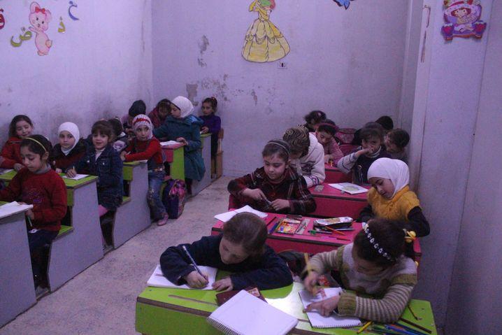 Grundschulklasse in Irbin
