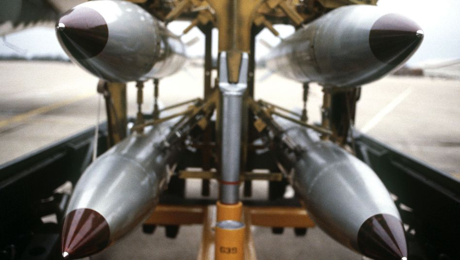 B-61 atomic bombs: The Ukraine crisis has increased the risk of a nuclear confrontation between Russia and the West.