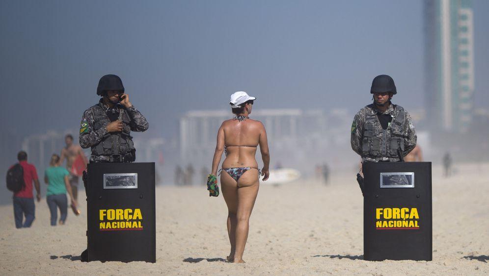 Fotostrecke: Tränengas und Gummigeschosse
