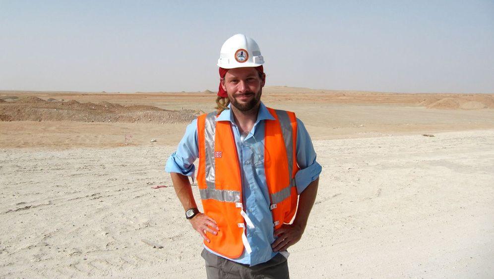 Lokführer in Abu Dhabi: Rangieren und radeln in sengender Hitze