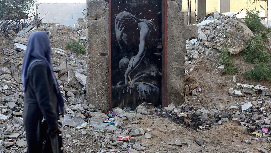 Wem gehört die Tür? - Umstrittenes Banksy-Graffito