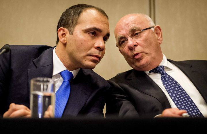 Hussein (l.), van Praag: Der Niederländer zog zurück und unterstützt nun Prinz Ali