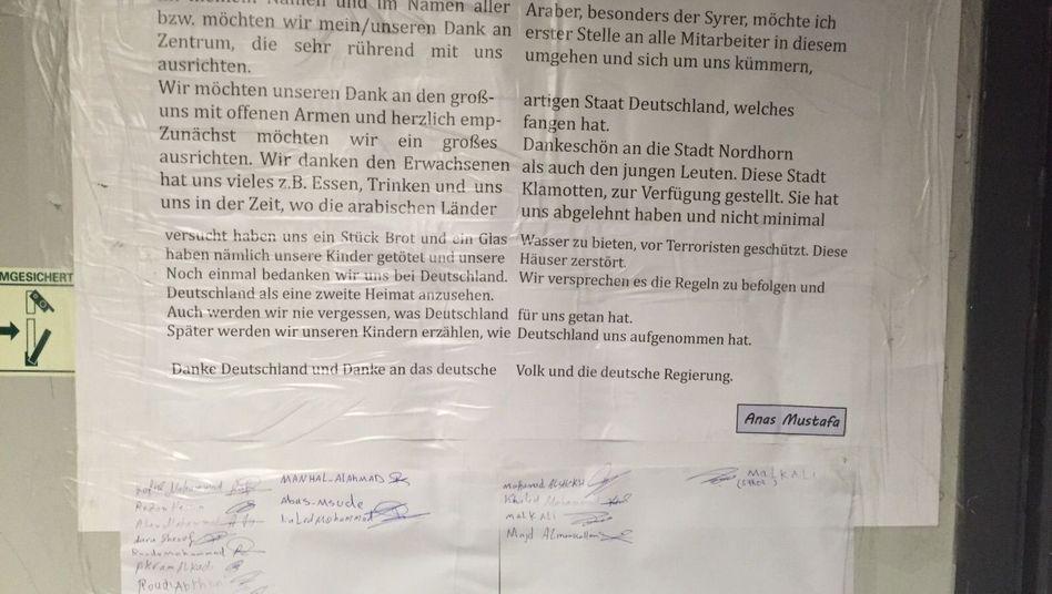 Botschaft an der Pinnwand: Dankbarkeit von Flüchtlingen