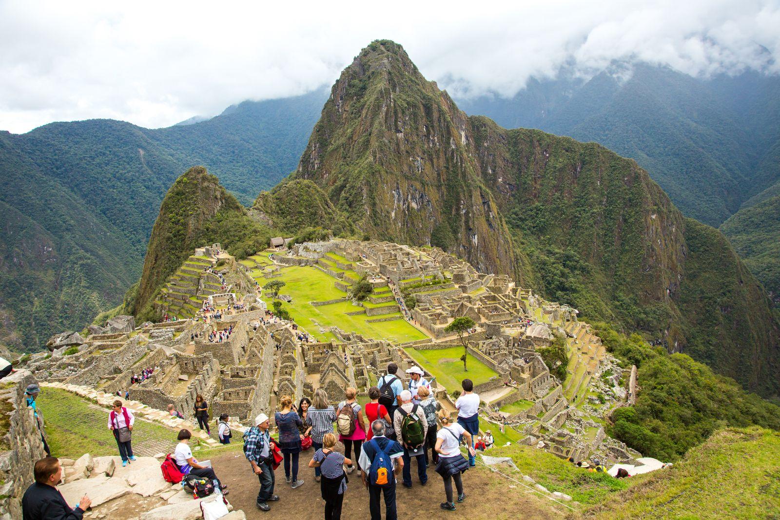 EINMALIGE VERWENDUNG Machu Picchu/ Touristen