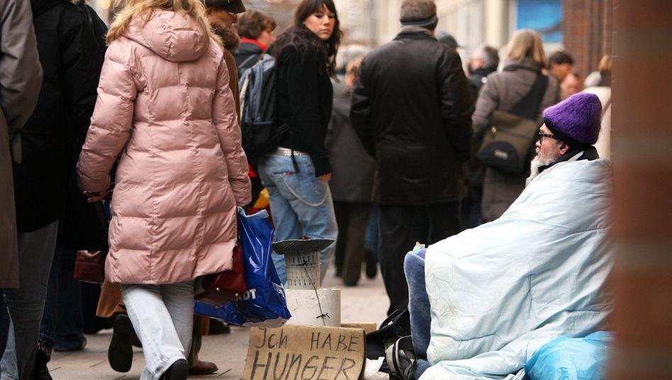 Bettler in der Hamburger Innenstadt (Archiv)