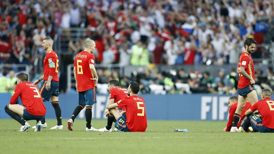 Spanische Spieler nach dem WM-Aus