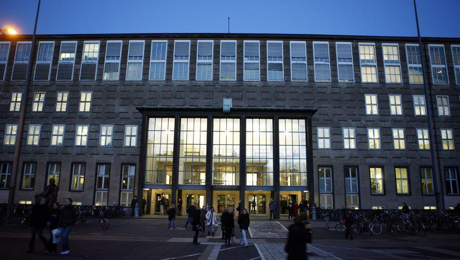 Universität Köln: Promotionsausschuss entzieht FDP-Abgeordnetem seinen Doktortitel